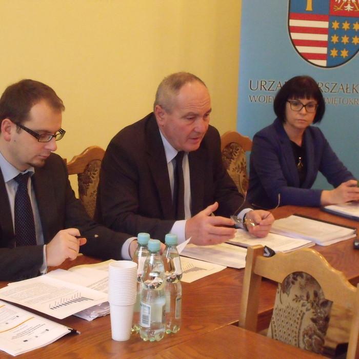 Konsultacje projektu RPO w Ostrowcu Świętokrzyskim