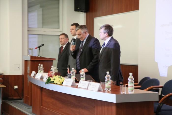 Radni oddali cześć zabitym na kijowskim Majdanie