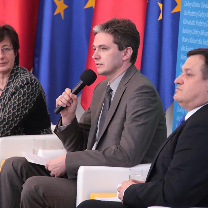 O polityce rodzinnej podczas debaty w Pałacu Prezydenckim