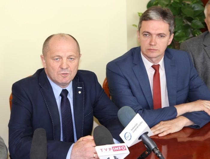 Minister rolnictwa w Kielcach: rekompensaty dla rolników za objęte embargiem produkty rolne niewystarczające