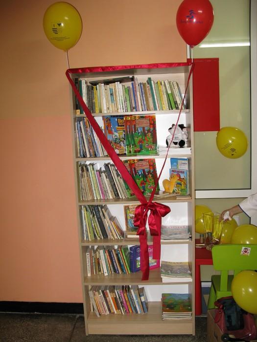 W Suchedniowie można korzystać z półki bookcrosingowej