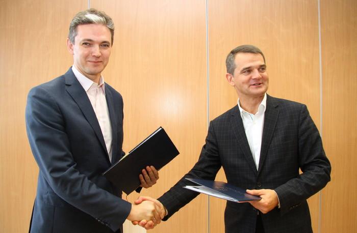 Unijne dofinansowanie budowy Centrum Rehabilitacji i Sportu UJK stało się faktem