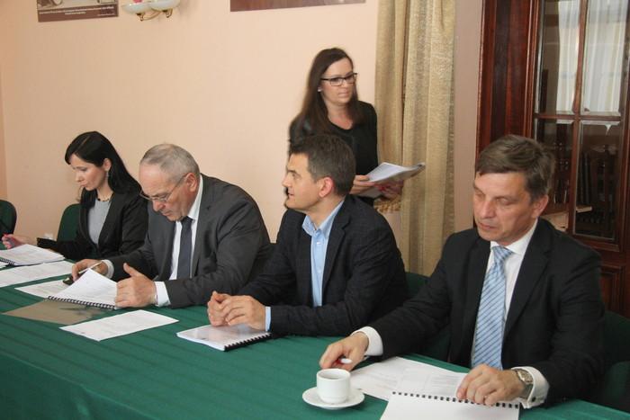 Obradowała Komisja Odznaki Honorowej Województwa Świętokrzyskiego