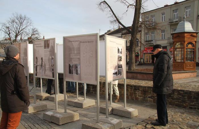 """""""Ormianie polscy, Ormianie kieleccy"""" - nowa wystawa na Rynku w Kielcach"""
