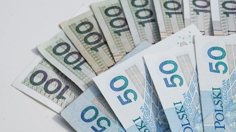 Pieniądze dla kieleckiego Teatru i na Akademię Bajki w Pacanowie