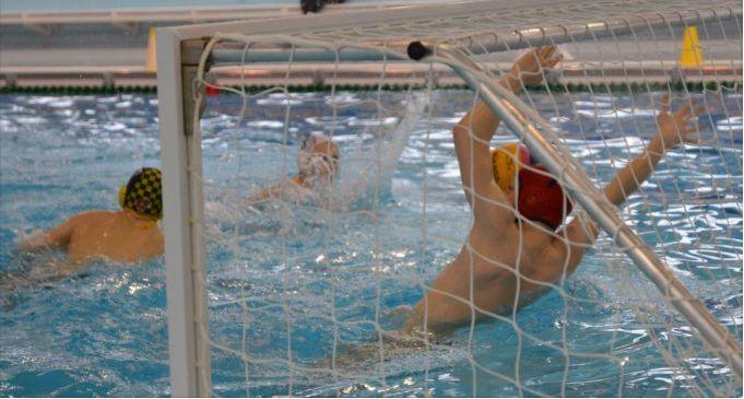 Młodzi pływacy rywalizować będą w Ostrowcu