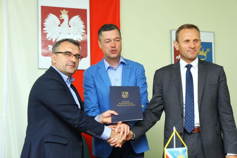 Sitkówka-Nowiny i Piekoszów inwestują w OZE