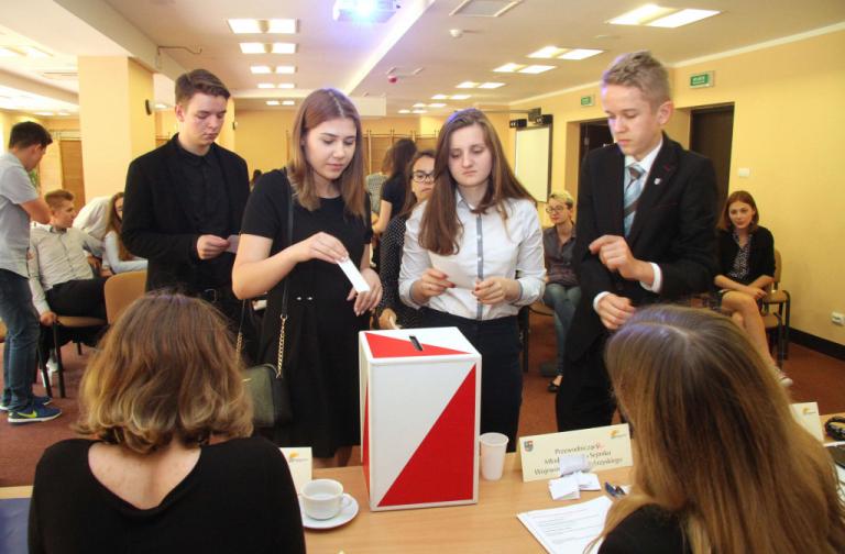 II Sesja Młodzieżowego Sejmiku Województwa Świętokrzyskiego