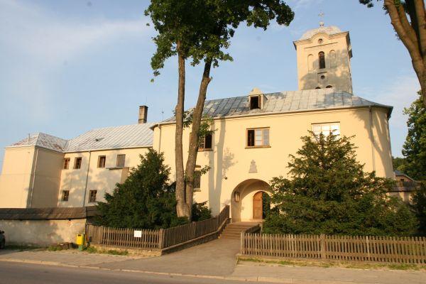 Klasztor w sercu Gór Świętokrzyskich
