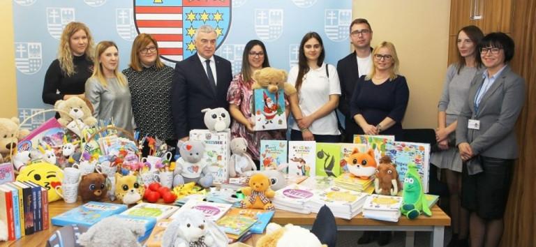 Nasze dary dla małych pacjentów z okazji Dnia Pluszowego Misia