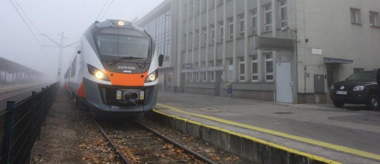 Wprowadzenie ograniczeń w kursowaniu pociągów POLREGIO na terenie województwa świętokrzyskiego
