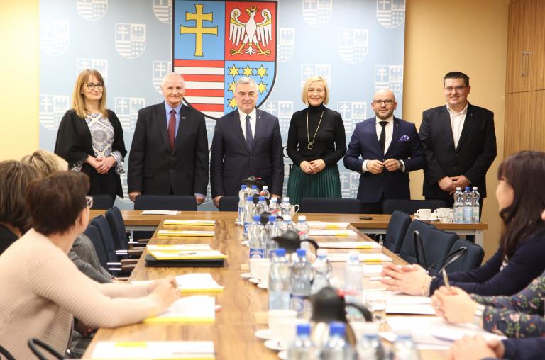 Z samorządowcami z powiatów włoszczowskiego i koneckiego o unijnych funduszach
