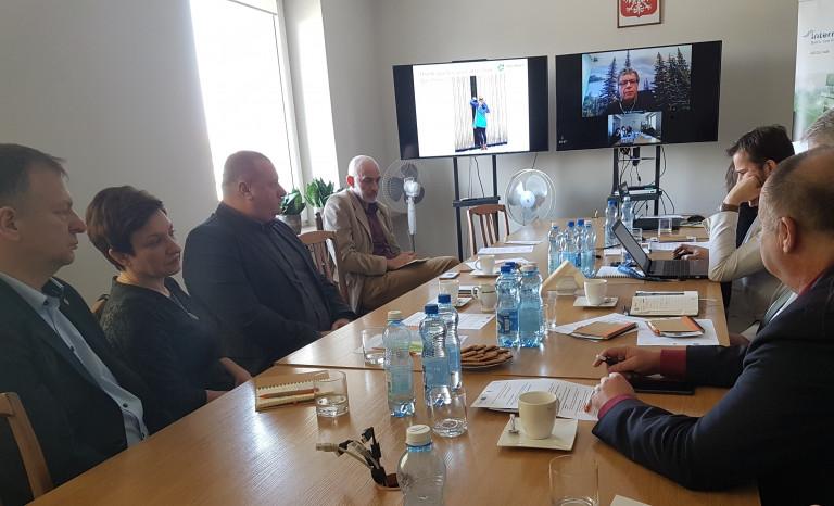 Biogospodarka w województwie świętokrzyskim oraz rozwój budownictwa niskoemisyjnego w ramach harmonogramu realizacji projektu RDI2CluB