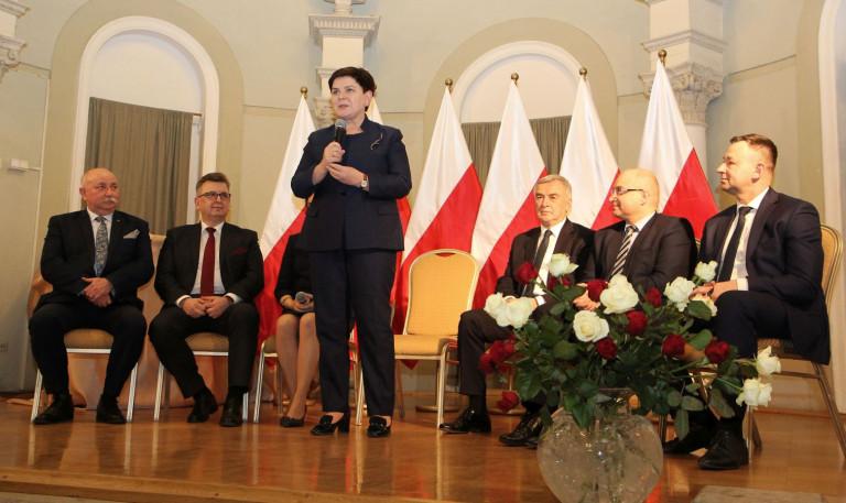 Forum samorządowców z wicepremier Beatą Szydło w Busku- Zdroju