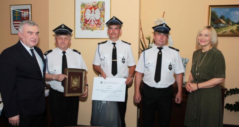 Gratulacje dla strażaków z Sędowic
