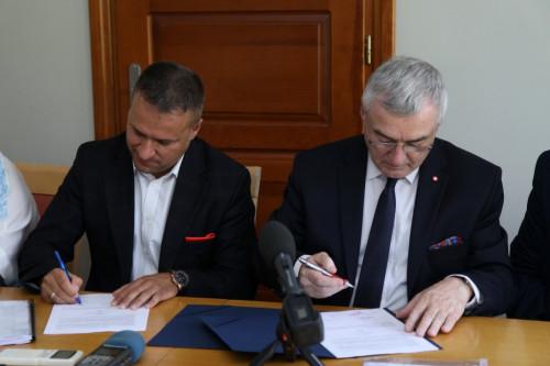 Umowa Z Powiatem Skarżyskim (1)