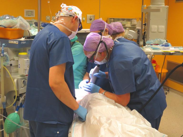 Szpital szuka chirurgów dziecięcych
