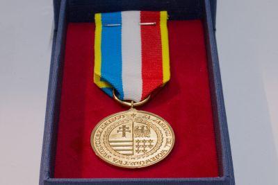 Trwa nabór wniosków o nadanie Odznaki Honorowej Województwa Świętokrzyskiego