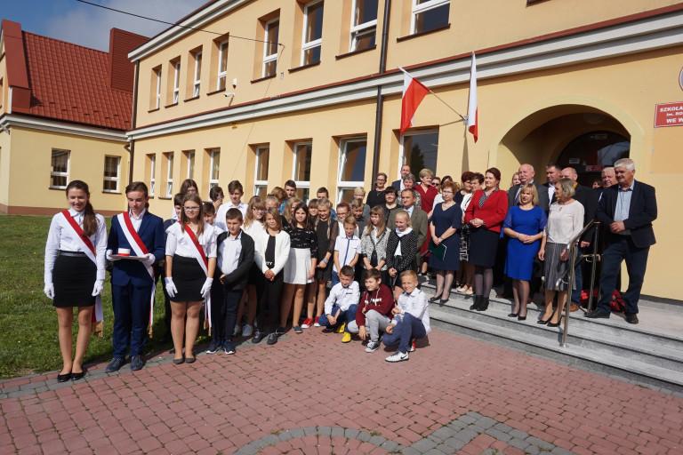 Odnowiona szkoła we Włostowie oddana do użytku