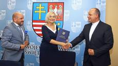 Umowy Na Wsparcie Projektów Społecznych Z Europejskiego Funduszu Społecznego (17)
