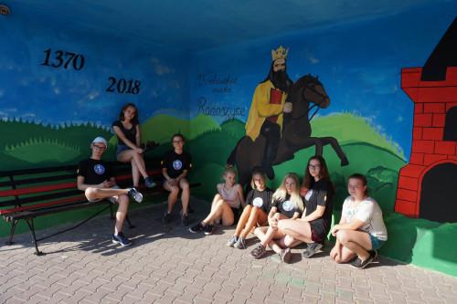 Artystyczne przystanki w gminie Radoszyce – inicjatywa Młodzieżowej Rady Miejskiej w Radoszycach.