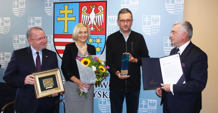 Zarząd Województwa pogratulował otrzymania zaszczytnej nagrody