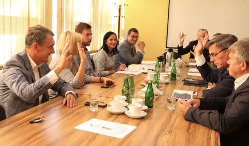 Obradowała Komisja Statutowa (2)