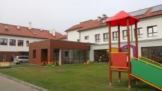 Oddanie Odnowionej Szkoły Podstawowej W Ociesękach (37)