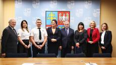 Ponad 500 Mieszkańców świętokrzyskiego Zagrożonych Wykluczeniem Skorzysta Ze Staży I Edukacji Zawodowej