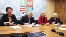 Ponad 500 Mieszkańców świętokrzyskiego Zagrożonych Wykluczeniem Skorzysta Ze Staży I Edukacji Zawodowej (3)