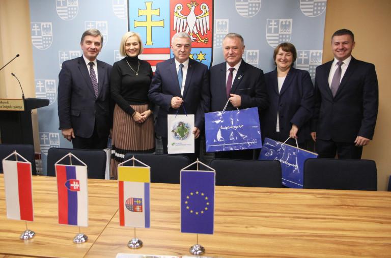 Spotkanie Samorządu Województwa św Z Przedstawicielem Kraju Żylińskiego (7)