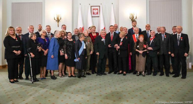 Marszałek Województwa Świętokrzyskiego odznaczony Krzyżem Oficerskim Orderu Odrodzenia Polski