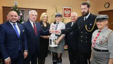Przekazanie Betlejemskiego Światła Pokoju Zarządowi Województwa Świętokrzyskiego I Przewodniczącemu Sejmiku (3)