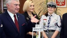 Przekazanie Betlejemskiego Światła Pokoju Zarządowi Województwa Świętokrzyskiego I Przewodniczącemu Sejmiku (6)