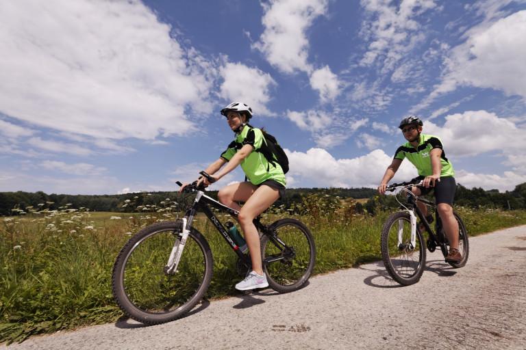 Kolejne kilometry ścieżek rowerowych w budowie. Obradował regionalny Zespół Rowerowy