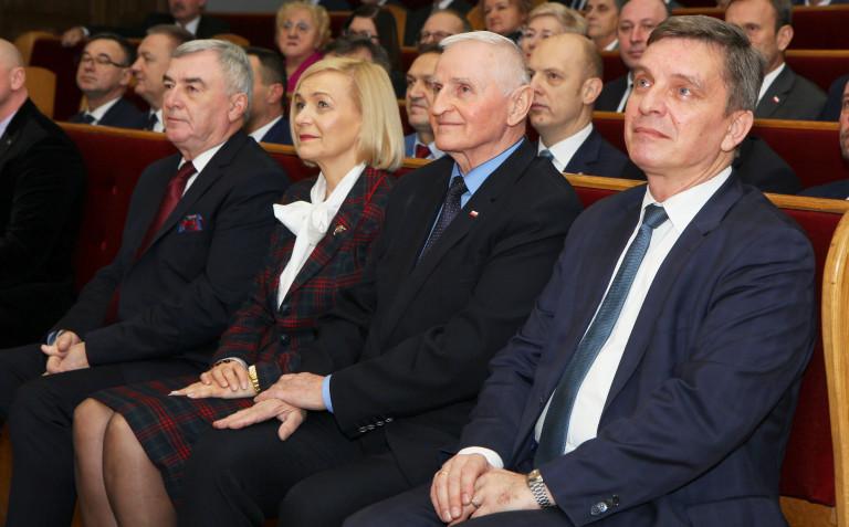Samorządowcy spotkali się z biskupem Janem Piotrowskim