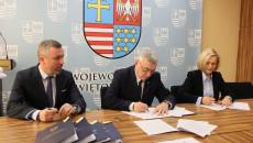 Podpisanie Umów Na Dofinansowanie Projektów RpowŚ 2014 – 2020 Dot. Szkolnictwa Zawodowego, Zdrowia Pracowników Oraz Długotrwałej Opieki Medycznej (15)