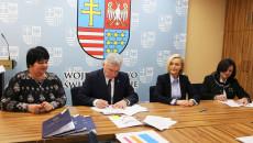 Podpisanie Umów Na Dofinansowanie Projektów RpowŚ 2014 – 2020 Dot. Szkolnictwa Zawodowego, Zdrowia Pracowników Oraz Długotrwałej Opieki Medycznej (17)