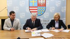 Podpisanie Umów Na Dofinansowanie Projektów RpowŚ 2014 – 2020 Dot. Szkolnictwa Zawodowego, Zdrowia Pracowników Oraz Długotrwałej Opieki Medycznej (27)