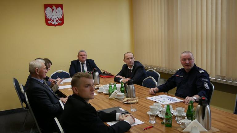O stanie bezpieczeństwa i ochronie przeciwpowodziowej podczas posiedzenia Komisji Samorządu Terytorialnego