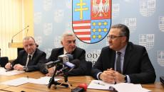 Uroczystość Podp[isania Umowy Plan Ogólny Andrzej Betkowski, Marek Bogusławski, Youssef Sleiman (9)