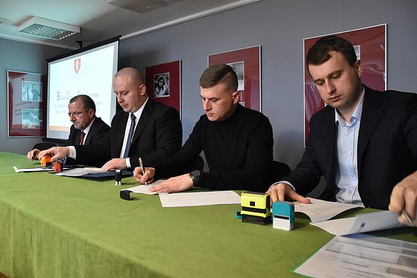 W Jędrzejowie podpisano umowę na budowę Centrum Komunikacyjnego