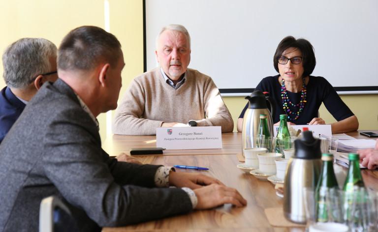 Komisja Rewizyjna Sejmiku planuje kontrolę w Świętokrzyskim Zarządzie Dróg Wojewódzkich