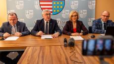 Konferencja Prasowa Zarządu Województwa Wsparcie Dla Przedsiębiorców W Okresie Epidemii Koronawirusa