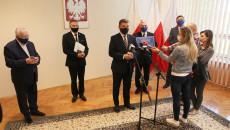 Uroczyste Przekazanie Promesy Rządowej Na Finasowanie Dokumentacji Budowy Obwodnicy Zachodniej Starachowic (7)