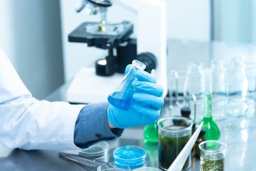 Bezpłatne testy na koronawirusa dla nauczycieli