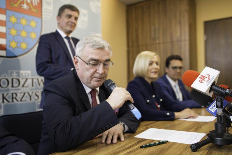 Prawie 3 mln 200 tys. zł dla powiatu starachowickiego na walkę z epidemią