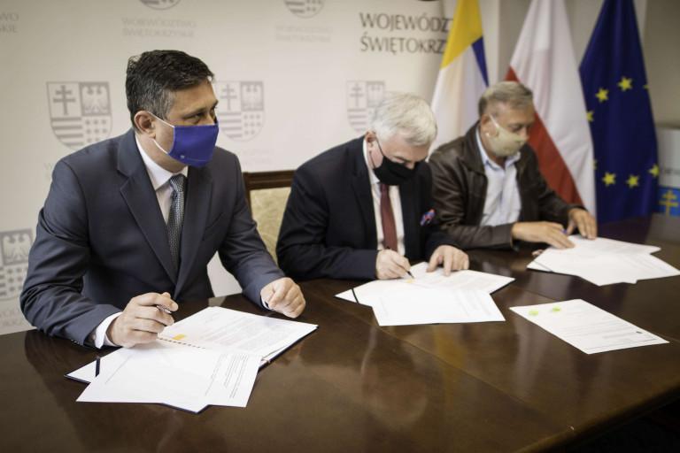 Umowy na wspieranie i upowszechnianie sportu w regionie