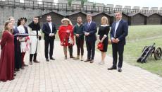 Xvii Inauguracja Sezonu Turystycznego Województwa Świętokrzyskiego Odbyła Się Na Zamku W Szydłowie