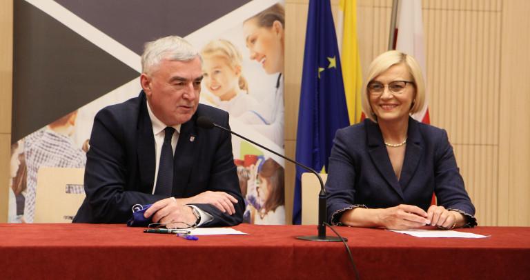 Marszałek Andrzej Bętkowski I Wicemarszałek Renata Janik